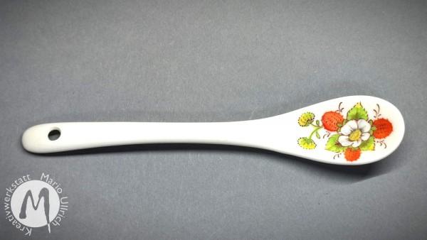 Porzellanlöffel mit Erdbeermotiv